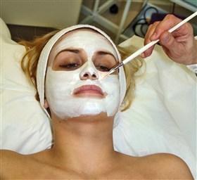 Голубая глина для лица ТОП 10 масок и правила применения