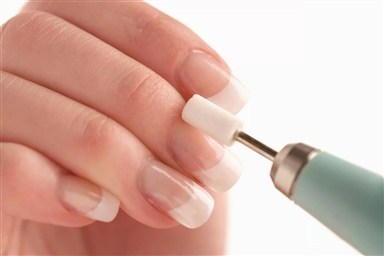 Чем отличаются полировка и шлифовка ногтей и что выбрать