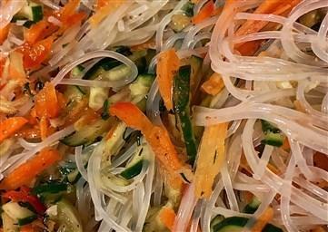 11 вариантов салата фунчоза как приготовить стеклянную