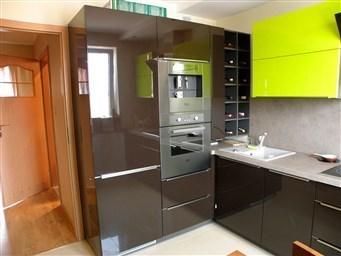 Идеи планировок для квадратной кухни