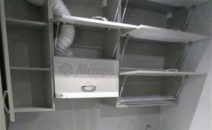 Дизайн маленькой кухни с холодильником 76 фото куда